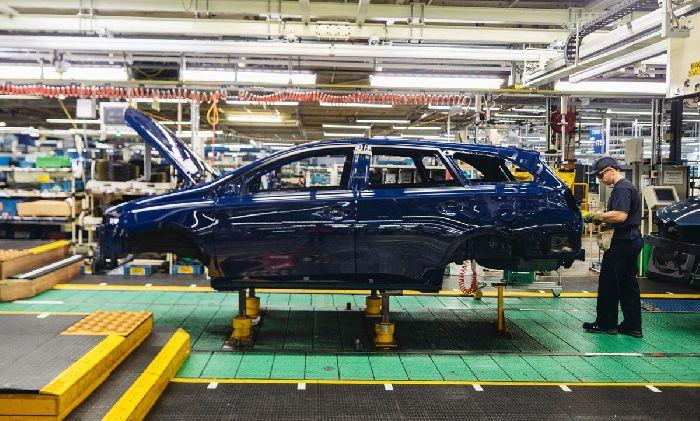 Автомобилестроительный завод в Англии