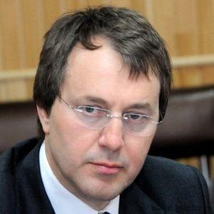 Биография Руслан Байсаров