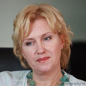 Биография Ирина Розанова
