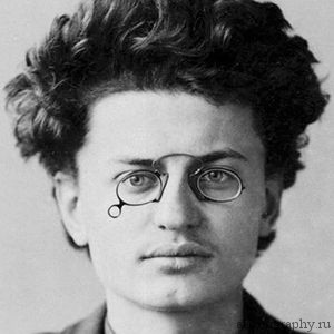 Биография Лев Троцкий