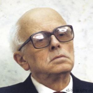 Биография Андрей Сахаров