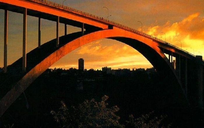 Река Парана, мост Дружбы