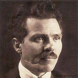 Самая краткая биография Нестора Махно